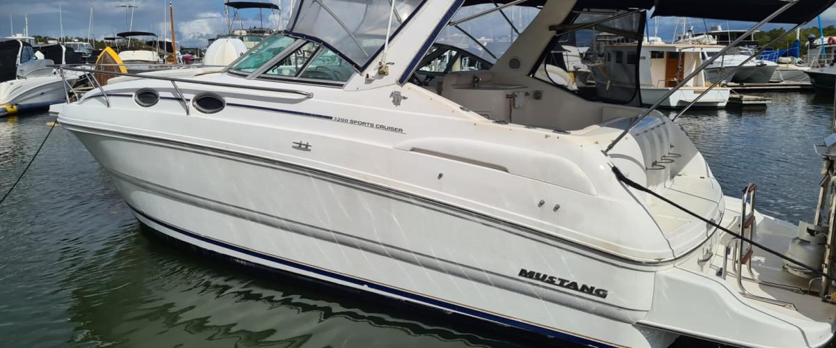Mustang 3200 Sports Cruiser